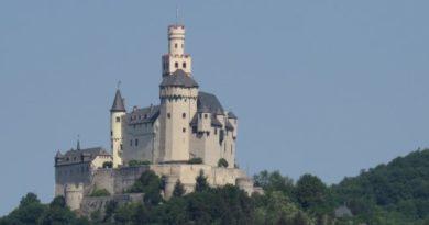 Castle-tour alongside the Rhine (2018)