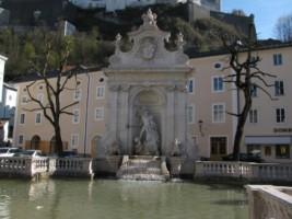 Austria - Salzburg - Cathedral square-004