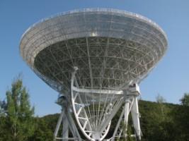 GermanyEffelsbergRadioTelescope2009 (2)